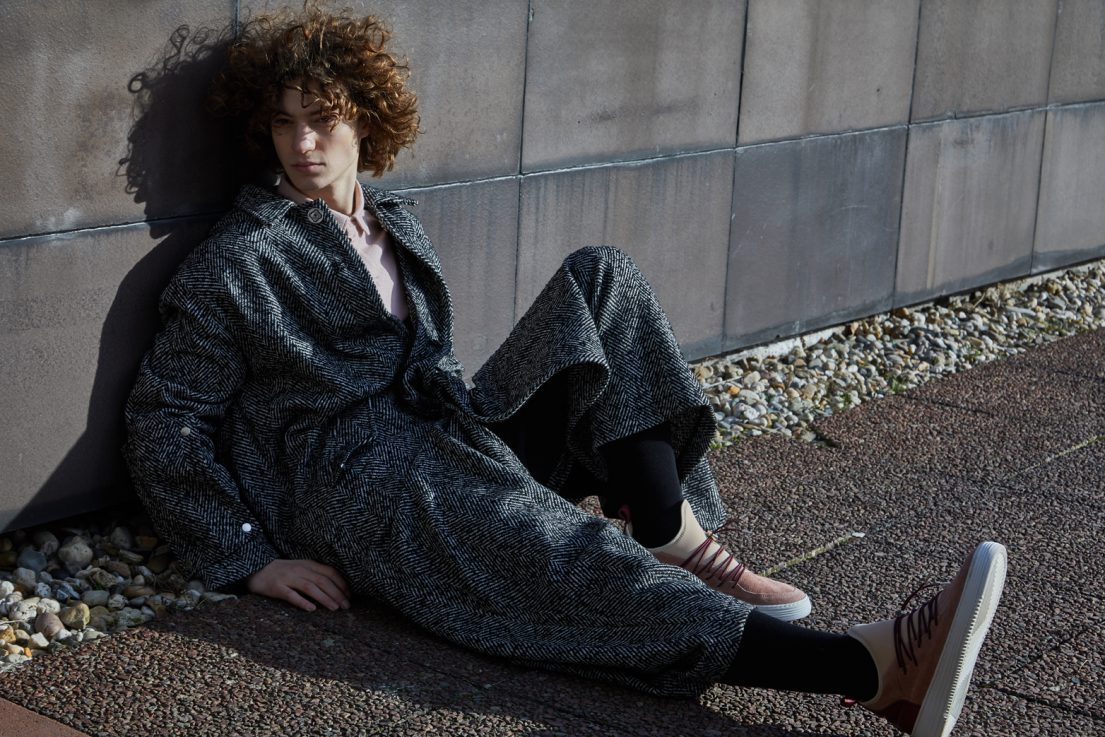 /Fashion Editorial/ Fashion Photography/ Uwe Konrad Fashion Photographer/ Fashion Shoot Outdoor/ Male Fashion/