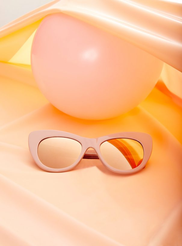 The Sun / Fashion still life/ Sunglasses/ uwe konrad fashion still life photographer/